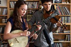 UVIOO.com - Sarah Jarosz: NPR Music Tiny Desk Concert