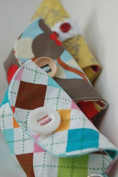 cute pouch purses - maybe a future sewing project