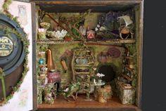 Casa de hadas hadas de la casa ratón o prestatario en un