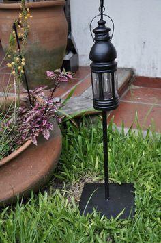 Simil farol decorativo para el jardín.