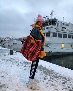 """5,524 gilla-markeringar, 37 kommentarer - Blanca Miró Scrimieri (@blancamiro) på Instagram: """"Even if you're freezing... #fwstockholm"""""""