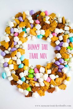 How cute is this treat?!  Make it before Easter or use all that left over candy and your kids will love it!  |  mynameissnickerdo...