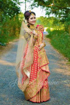 Indian Wedding Poses, Indian Wedding Couple Photography, Indian Bridal Outfits, Bengali Bride, Bengali Wedding, Saree Wedding, Bengali Bridal Makeup, Indian Wedding Makeup, Wedding Saree Collection