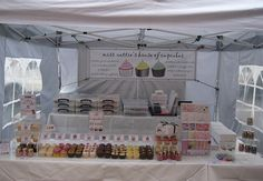 Miss Nattie's Cupcake Stall at Lymington & Winchester Marketsh 07709 448409