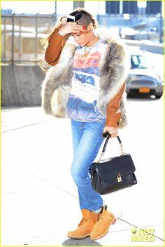 Rihanna: Chris Brown is a Good Person