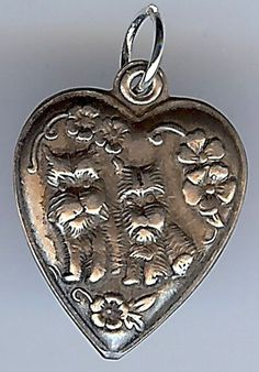 VINTAGE STERLING SILVER SCOTTY DOGS & FLOWERS PUFFY HEART CHARM