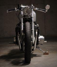 Evolution Motorsports 1976 HondaCB750 - Pipeburn - Purveyors of Classic Motorcycles, Cafe Racers & Custom motorbikes