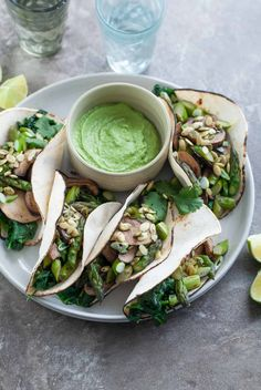 Mushroom Asparagus Tacos with Jalapeno Cashew Crema (Paleo, Vegan) - These paleo and vegan asparagus, mushroom and spinach filled tacos pack a flavorful punch thanks to a creamy jalapeno and cilantro crema. Pescatarian Recipes, Whole Food Recipes, Vegetarian Recipes, Cooking Recipes, Healthy Recipes, Vegan Meals, Whole30 Recipes, What's Cooking, Healthy Foods