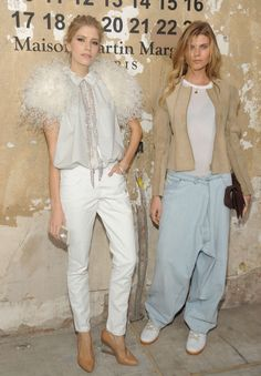 what-do-i-wear: Elena Perminova and Maryna Linchuk at the Maison Martin Margiela x H collaboration party wearing pieces from the collection in stores Nov 15 Autumn Winter Fashion, Spring Fashion, Dna Model, Vogue Mexico, Fashion And Beauty Tips, Feminine Style, Feminine Fashion, Fashion Studio, Vogue Paris