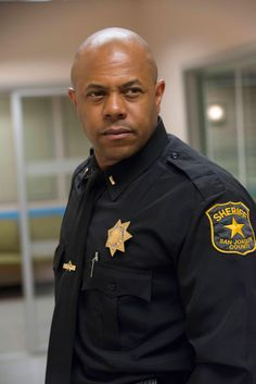 Rockmond Dunbar in Sons of Anarchy Sons Of Anarchy Episodes, Sons Of Anarchy Samcro, Rockmond Dunbar, Outlaws Motorcycle Club, Sons Of Anarchy Motorcycles, Cast Images, American Gods, Watch Tv Shows, Charlie Hunnam