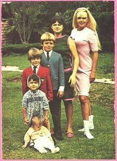 Family mansfield,family