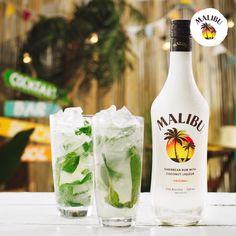 Refreshing Cocktails, Easy Cocktails, Summer Cocktails, Cocktail Drinks, Fun Drinks, Alcoholic Drinks, Vodka Cocktails, Beverages, Malibu Rum Drinks
