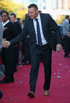 """Marian Hossa #81 of the Chicago Blackhawks greets fans during a """"red carpet"""" event before the Blackhawks take on the Washington Capitals at the United Center on October 1, 2013"""