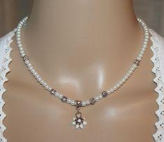 Perlen-Halskette Edelweiß von Edelweiss51 auf Etsy