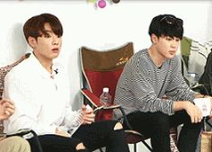 When they found out that their Vapp hit 1 Million viewers and 100,000,000 hearts! Breaking the new record!