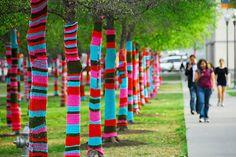 Knit Graffiti by Magda Sayeg // Urban Knitting