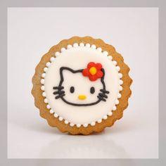 Hello Kitty cookies #sweet #cookies #cookies #cute #painted #handmade #royal #icing #hello #kitty