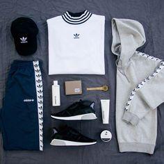 Wow #store #adidas #showroom #creative #shoes #design