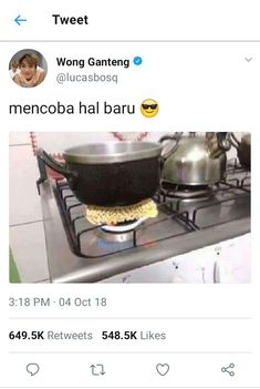 """Smart people:) i'm so proud with Indonesian people:"""") Quotes Lucu, Jokes Quotes, Qoutes, Funny Quotes, Funny Tweets Twitter, Twitter Quotes, K Meme, Funny Kpop Memes, Instagram Story Questions"""
