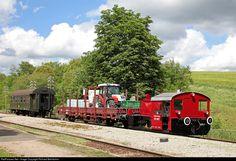 4607 Sauschwänzlebahn Köf at Fützen, Germany by Richard Behrbohm