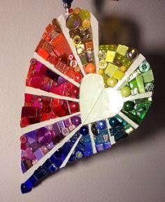 By Schandra Zmijeski, heart mosaic, coração em mosaico