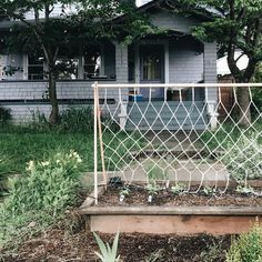 Make Amazing Projects With Step By Step Plans Pea Trellis, Garden Trellis, Furniture Projects, Diy Projects, Boat Plans, Garden Planning, Woodworking Plans, Macrame, Backyard