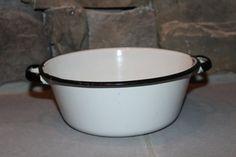 Esmalte esmalte Vintage 2 maneja Pan / tazón de fuente negro blanco Estate encontrar de 1950 de 1960