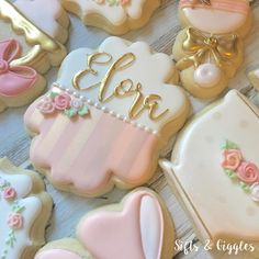 Love is in the details. . . . . . . #babyshower #decoratedcookies #girlycookies #teaparty #teapartycookies #babyshowercookies #babygirl…