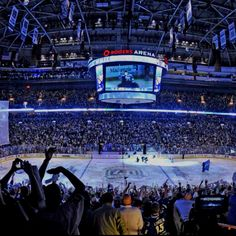 Rogers Arena, home of the Vancouver Canucks. Vancouver British Columbia, North Vancouver, Vancouver Tours, Vancouver Canucks, Canadian Facts, Sports Stadium, New York Islanders, American Sports, Hockey Teams