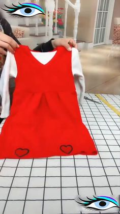 Lillian saved to podestdiy ideas - how to make clothes, diy clothes, fashion fabric Sewing Hacks, Sewing Tutorials, Sewing Projects, Sewing Diy, Jean Crafts, Denim Crafts, Techniques Couture, Sewing Techniques, Sewing Aprons