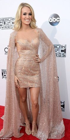 Carrie Underwood in Sexy Dress on the Red Carpet