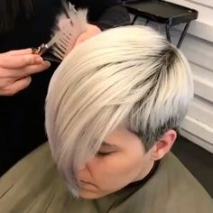Platinum Pixie Gender-neutral cuts, liked this textured platinum are on the rise for 💫 . Want to be featured? Make sure to mention Wella Education in your caption and tag us! Long Pixie Hairstyles, Wedding Hairstyles For Long Hair, Undercut Hairstyles, Short Hairstyles For Women, Nape Undercut, Undercut Pixie, Pixie Haircuts, Medium Hairstyles, Braided Hairstyles