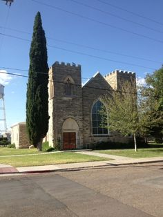First Presbyterian Church, Marfa Texas is on the road to Fort Davis. 10 am Service. Fort Davis, Marfa Texas, West Texas, Le Far West, Barcelona Cathedral, Places To See, Cook, Artists, Explore