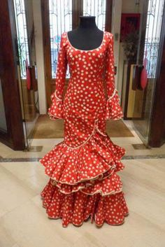 6db9070e5 85 Best Traditional Traje images in 2019   Costume design, Flamenco ...