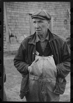 Tiverton, RI, 1940. Library of Congress.