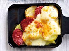 Unser beliebtes Rezept für Raclette-Pfännchen mit Kartoffeln, Chorizo und Raclettekäse und mehr als 55.000 weitere kostenlose Rezepte auf LECKER.de.