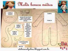 Boneca médica de feltro com molde