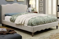 e037900c87fe Queen   King Bed CM7722