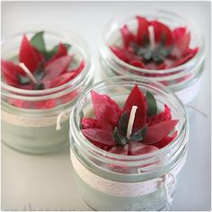 Poinsettia Beeswax Candles and many more mason jar crafts Diy Gifts In A Jar, Diy Holiday Gifts, Easy Diy Gifts, Jar Gifts, Candle Gifts, Holiday Foods, Food Gifts, Small Gifts, Red Candles