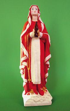 Soasig Chamaillard | Détournement Statue Sainte Vierge | Santa Claus | Nantes et Paris