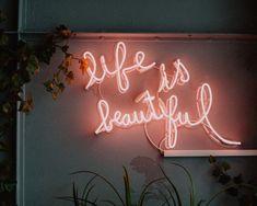 life is beautiful LED signage photo – Free Neon Image on Unsplash Wabi Sabi, Plexiglas Led, Led Neon, Neon Quotes, Blue Quotes, Laptop Wallpaper, Wallpaper Desktop, Black Wallpaper, Wallpaper Quotes