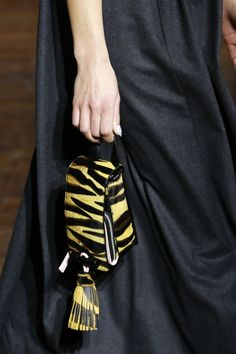 Kenzo Fall 2016 Ready-to-Wear Accessories Photos - Vogue