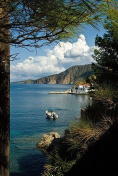 The harbour at Assos - Kefalonia island, Greece Beautiful Islands, Beautiful World, Places To Travel, Places To See, Wonderful Places, Beautiful Places, Travel Around The World, Around The Worlds, Myconos