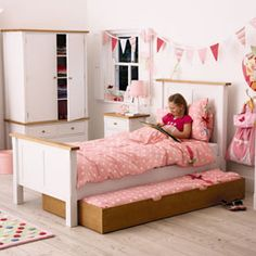 1000 images about sarahs room on pinterest teen girl for 4 yr old bedroom ideas