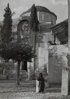 Convent of Daphne on the Sacred Way, a road and the route taken by the Eleusinian Mysteries during processions in Greece. Photograph by Fred Boissonnas. Old Photos, Vintage Photos, Greece Pictures, Greece Photography, Frederic, Great Photographers, Athens Greece, Place Of Worship, Photo Library