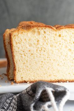 Soul bread is a moist, fluffy delicious low carb white bread that is truly simple to make and nothing short of decadent yumminess. #lowcarbsoulbread #soulbread Keto Foods, Ketogenic Recipes, Keto Snacks, Diabetic Recipes, Low Carb Recipes, Bread Recipes, Snack Recipes, Ketogenic Diet, Snacks Ideas
