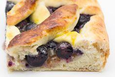 Hovkonditorn: Blueberry Pie on Bun Dough
