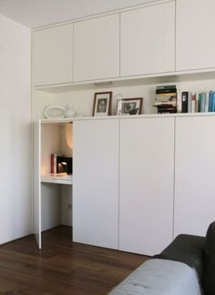Tuesday Tips - Hidden office space Coin bureau caché Compact Living, Tiny Living, Home And Living, Built In Storage, Tall Cabinet Storage, Alcove Storage, Ikea Built In, Cabinet Space, Desk Storage