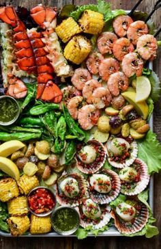 Las mejores propuestas que puedas encontrar en la red. Grandes chefs y gastrónomos. Ideas e imágenes para que desarrolles nuevos platos. Chefs, Kung Pao Chicken, Pasta Salad, Catering, Ethnic Recipes, Food, Ethnic Food, Dishes, Proposals