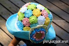 Шляпа крючком из ярких мотивов